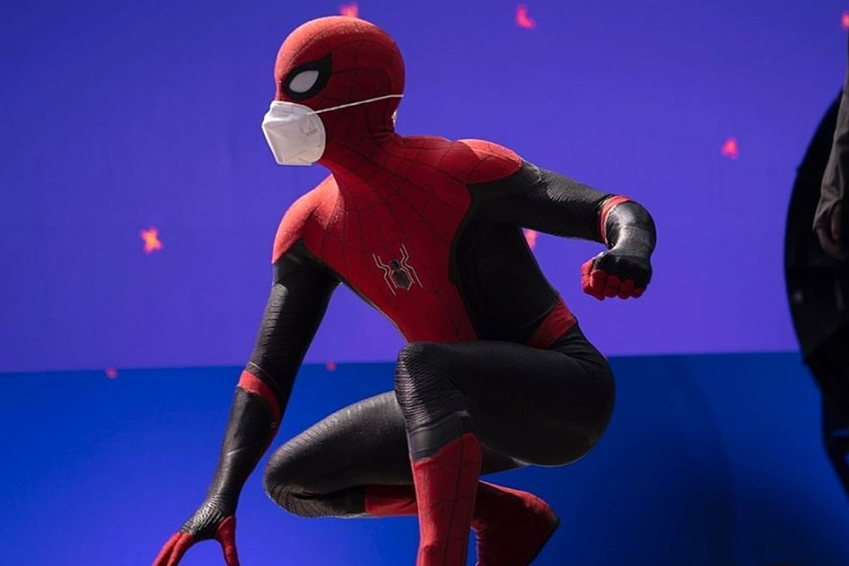 First Spider-Man 3 Photo Shows Tom Holland Back in Action