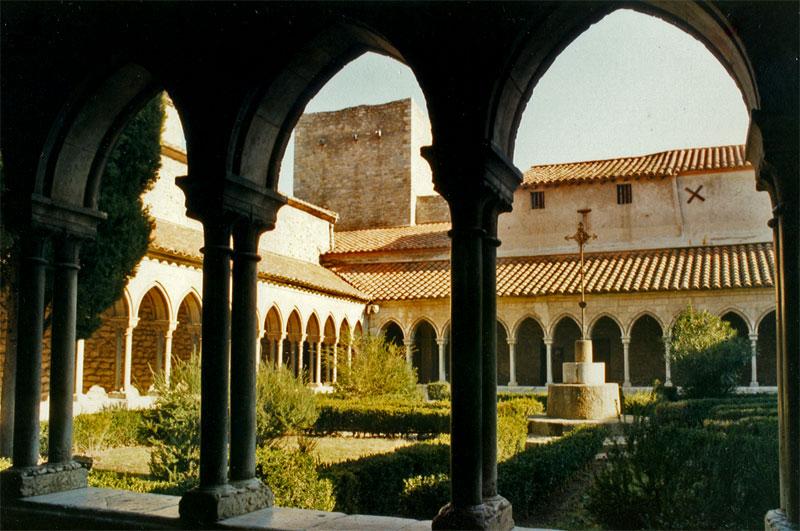 Abbaye-sainte-marie-Arles-sur-Tech
