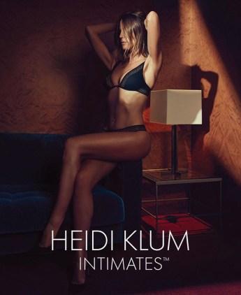 Heidi Klum posa in lingerie