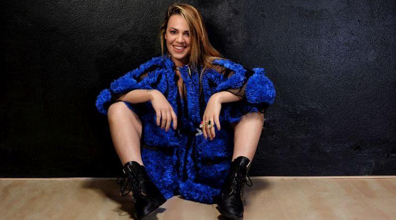 """Amici 7, Roberta Bonanno pubblica """"Controtendenza"""": """"Una canzone figlia delle scelte"""""""