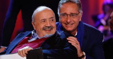 L'intervista: un inedito Paolo Bonolis si racconta a Maurizio Costanzo