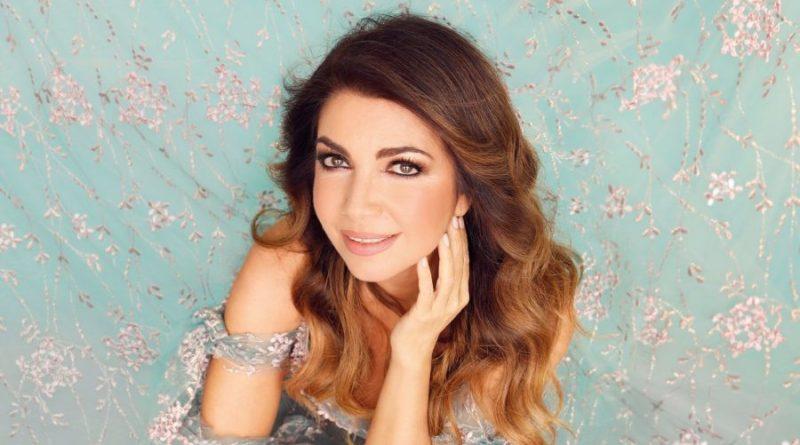 Duets Forever - Tutti Cantano Cristina: svelata la tracklist e i duetti