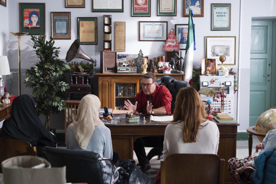 """In """"La prima pietra"""" una recita natalizia a rischio. Dal 22 novembre al cinema"""