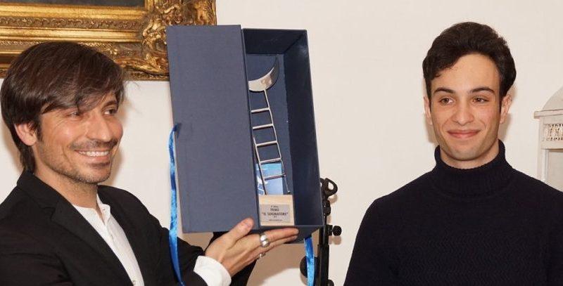 """Il violinista elettrico Andrea Casta riceve il premio """"Il Sognatore"""""""