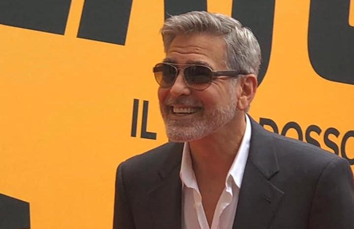 Catch-22: George Clooney a Roma per presentare la sua nuova miniserie (VIDEO)