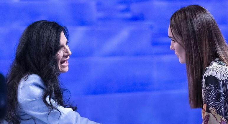 """Verissimo, la confessione sconcertante di Pamela Prati: """"Ora ho paura"""""""