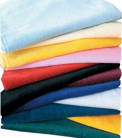 Usare l'aceto per togliere l'odore di muffa dagli asciugamani