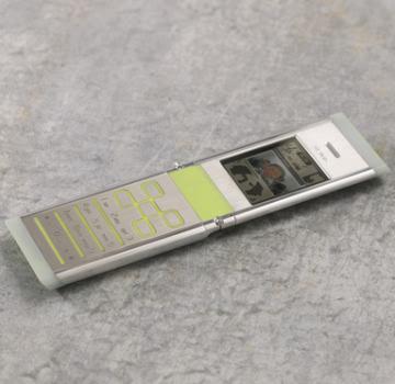 MWC 2008: Da Nokia il telefono fatto solo da materiali riciclati