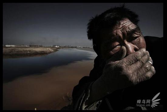 Inquinamento cinese da capogiro. Immagini scioccanti e non adatte a chi è debole di stomaco.