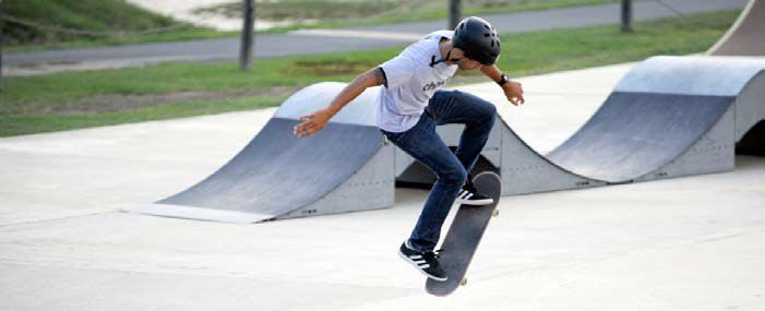"""Skateboarding su Discovery in Slow Motion """"Time Wrap"""""""