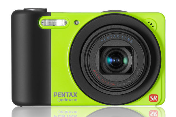 Da Pentax la nuova super zoom compatta: la Optio RZ10
