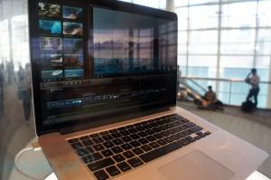 Riflessi sul macbook pro