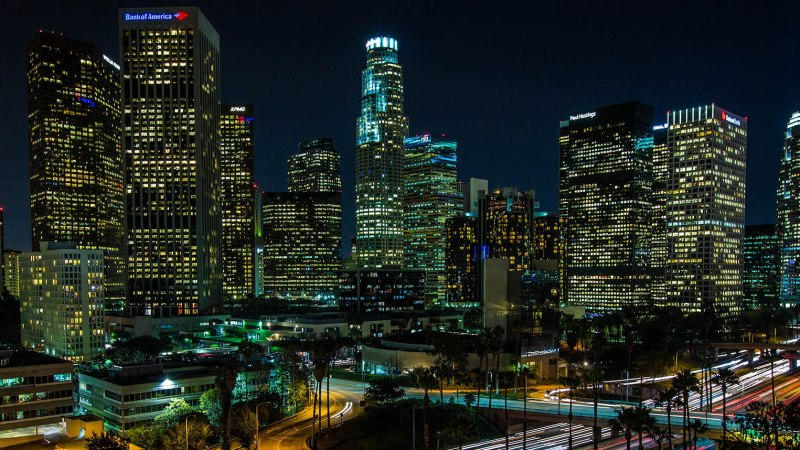 Timelapse: Los Angeles di Notte