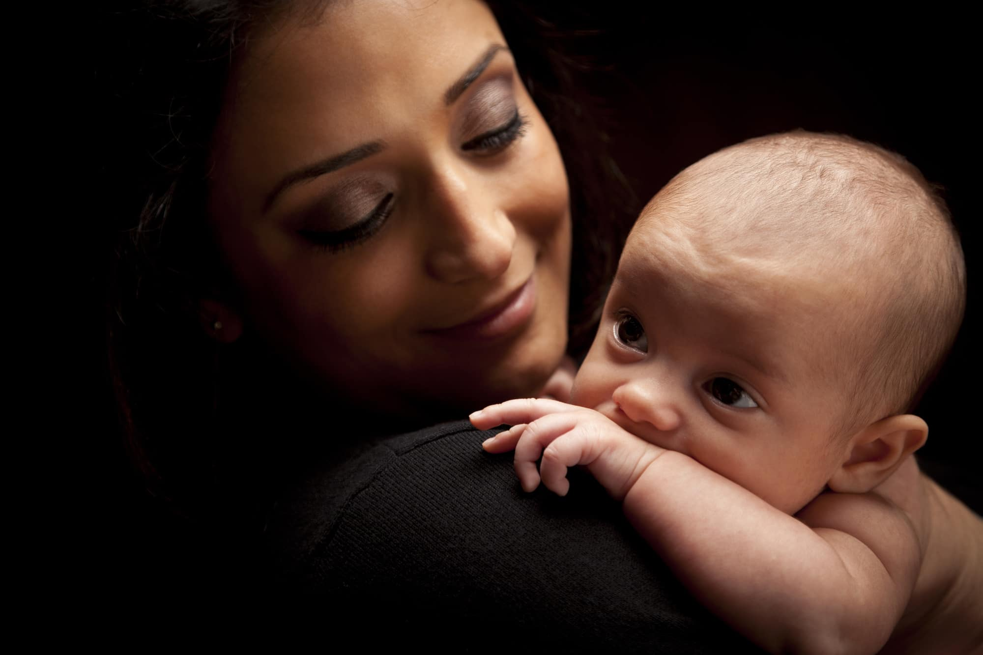 Ready for Your Close-Up? What to Bring to Your Dubai Newborn Photography Session