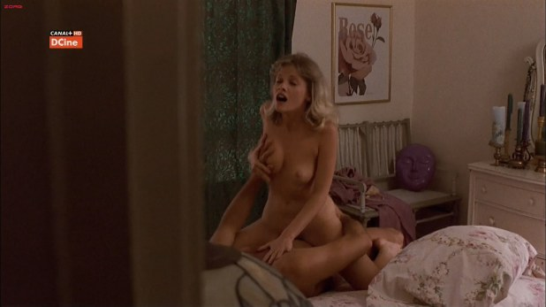 Barbara Crampton naked and hot while ridding a gay - Body Double (1984) HD1080i
