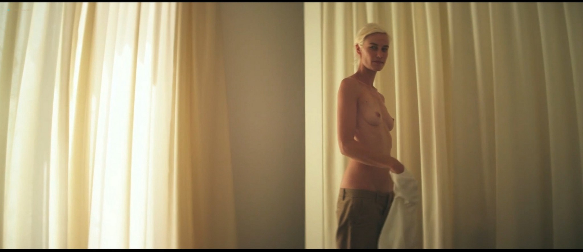 Delfine Bafort nude full frontal and sex - You Go To My Head (2017) HD 1080p Web (9)