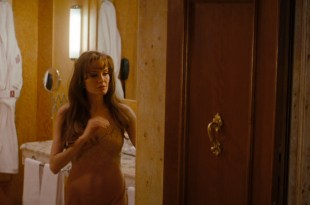 Angelina Jolie hot sexy and see through in The Tourist (2010) hd1080p
