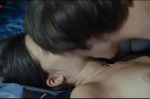 Audrey Bastien nude brief topless and sex - Simon Werner a disparu... (2010)
