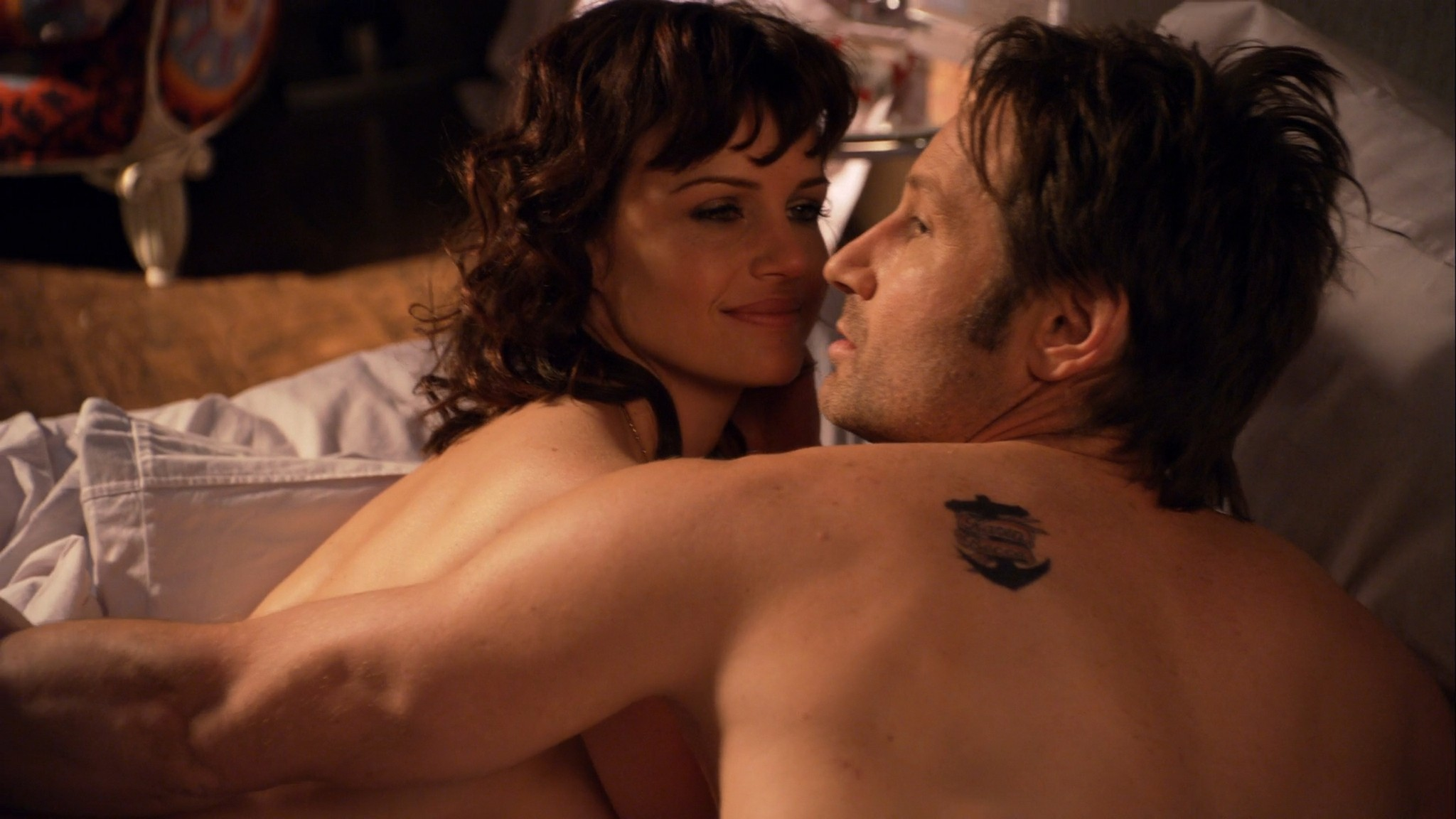 Carla Gugino hot lingerie Californication (2011) s4e7 HD 1080p (7)