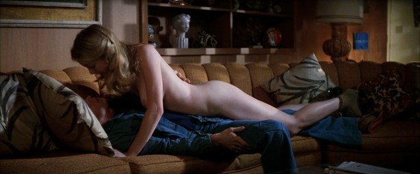 Heather Graham nude Julianne Moore nude -Boogie Nights (1997) hd1080p BluRay (6)