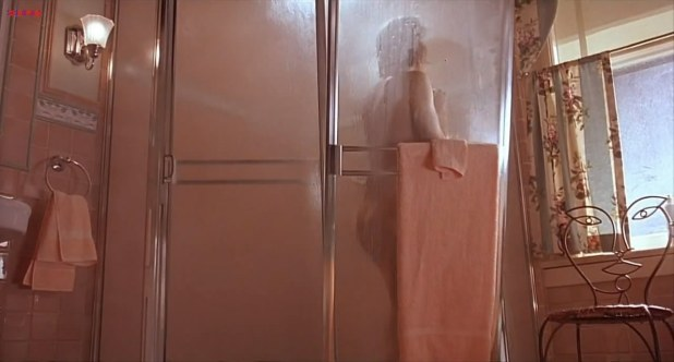Meg Ryan butt naked in the shower - When a Man Loves a Woman (1994) hd720p 5