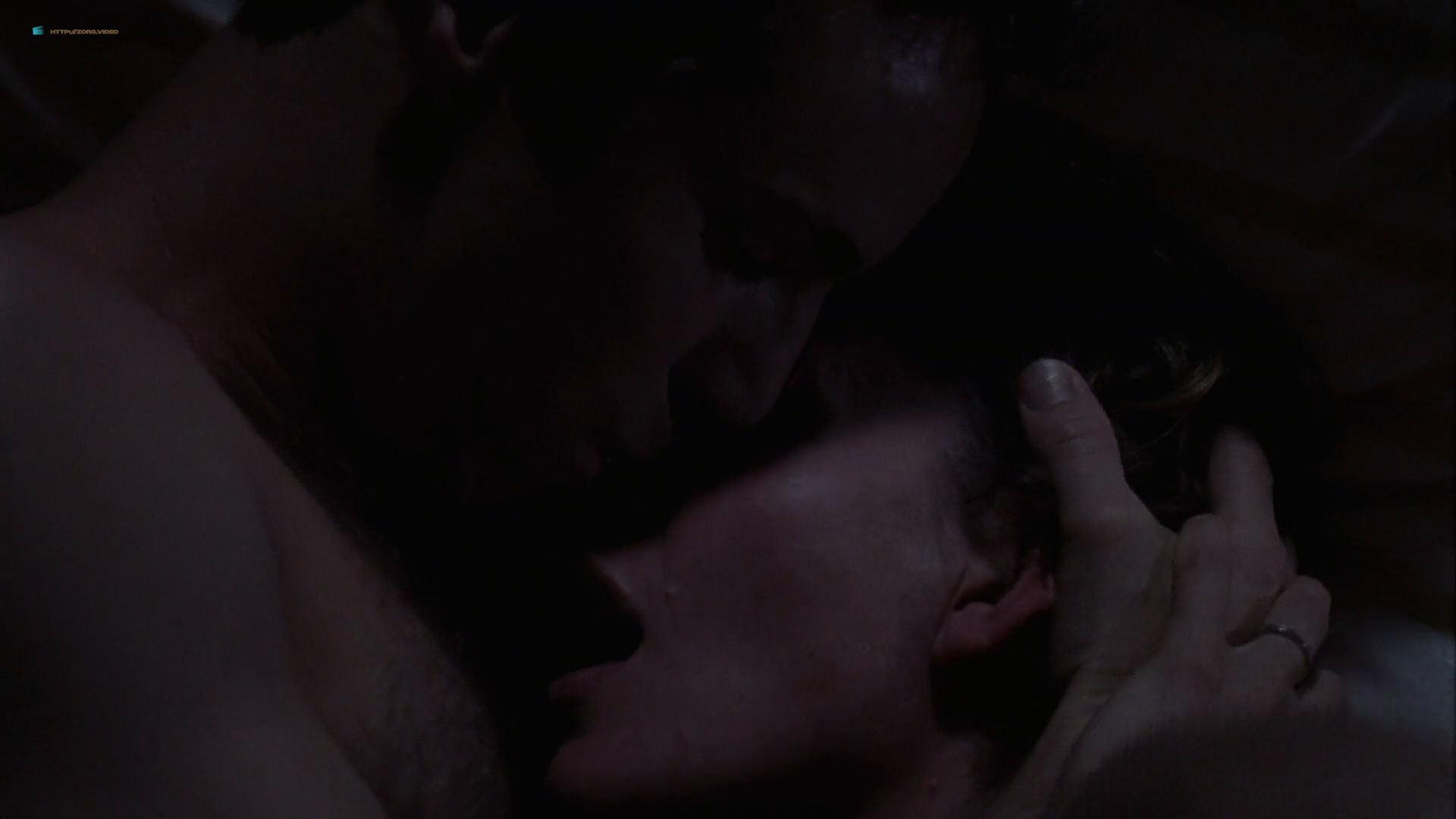 Amy Adams maturbating in bed and Embeth Davidtz hot sex - Junebug (2005) HD 1080p BluRay (9)