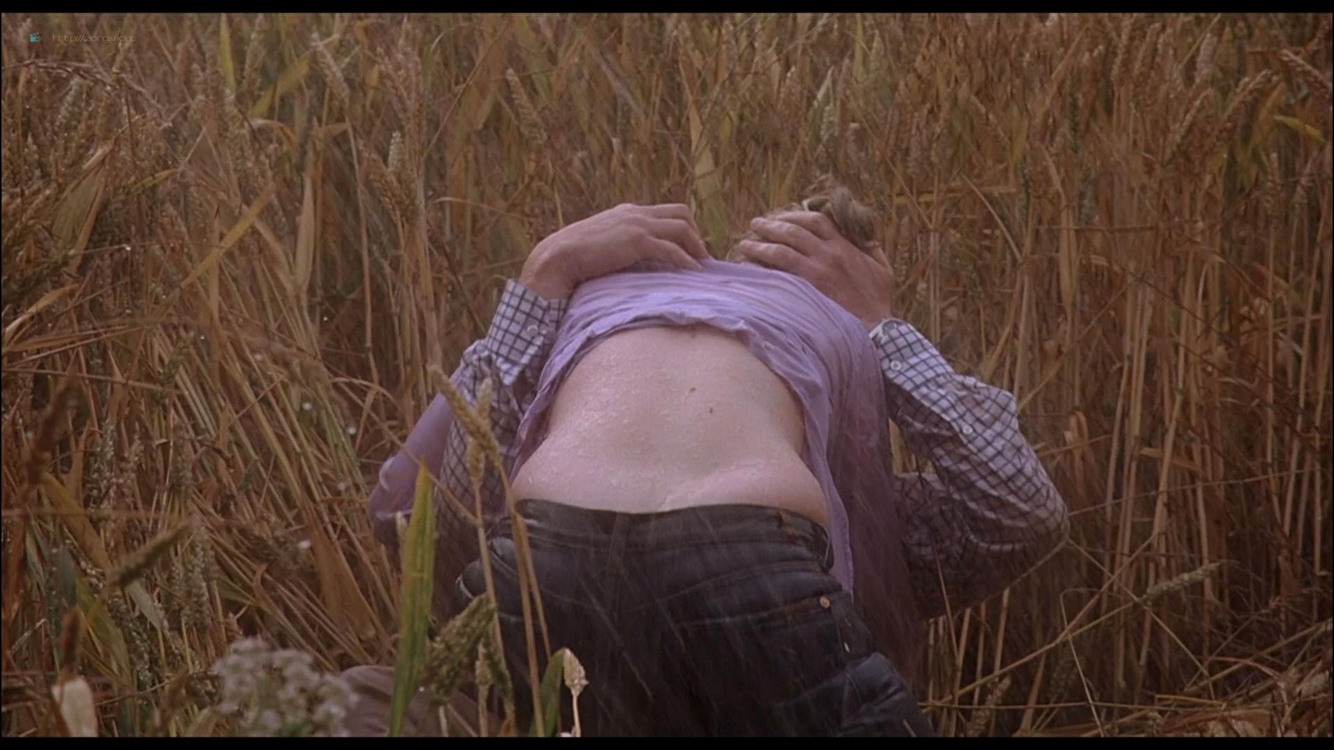 Scarlett Johansson see through and sex - Match Point (2005) HD 1080p BluRay (11)