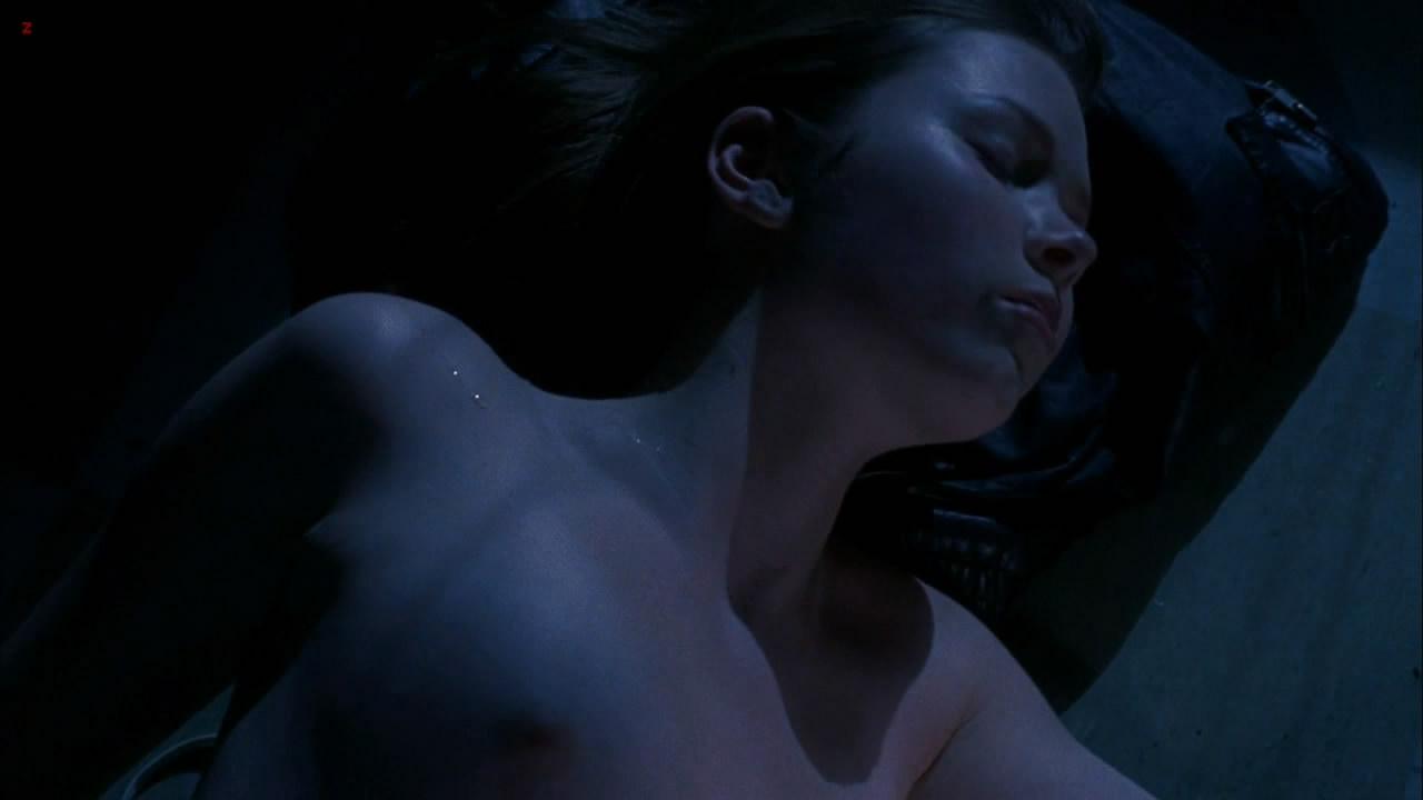 Cherilyn Wilson naked topless - Parasomnia (2008) HD 1080p (15)