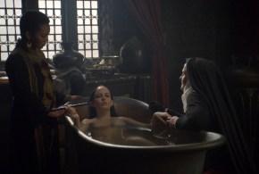 Eva Green nude in the bath – Camelot (2011) s1e9 hd720p