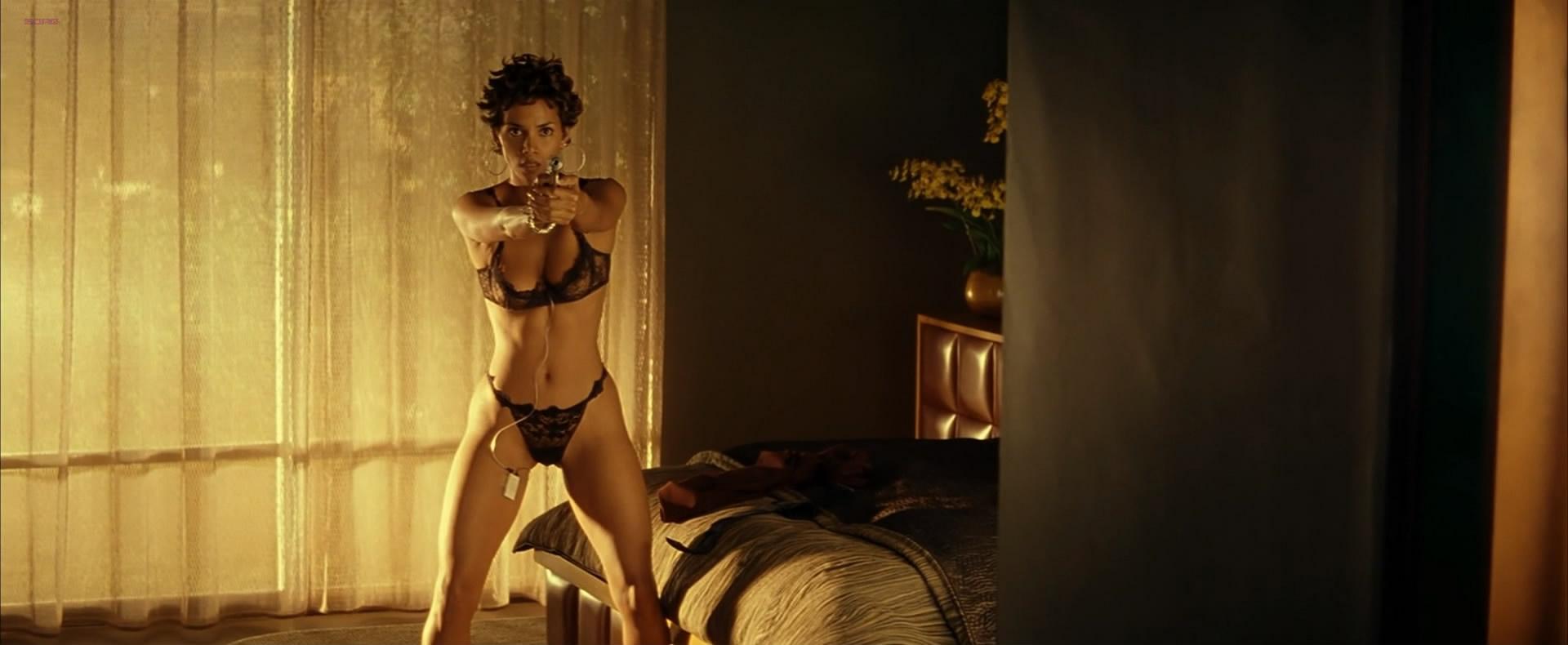Halle Berry Nude Topless In - Swordfish 2001 Hd1080P-2979
