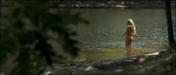 Martina Klein nude skinny dipping in - Águila Roja, la película (2011)