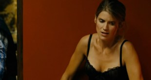Alice Taglioni hot and sexy in lingerie from La proie (2011) hd1080p