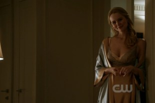 Helena Mattsson hot but not nude from - Nikita (2011) s2e5 hd720p