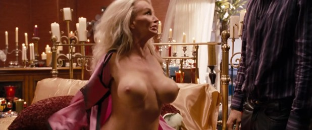 "Taaffe O'Connell adult legent with big boobs ""The Change Up"" (2011) + hd1080p"
