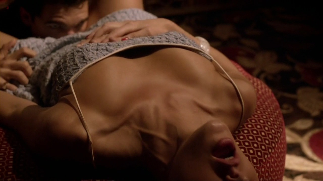 Jessica Marais not nude but hot and sexy -Magic City s1e6 hd720p
