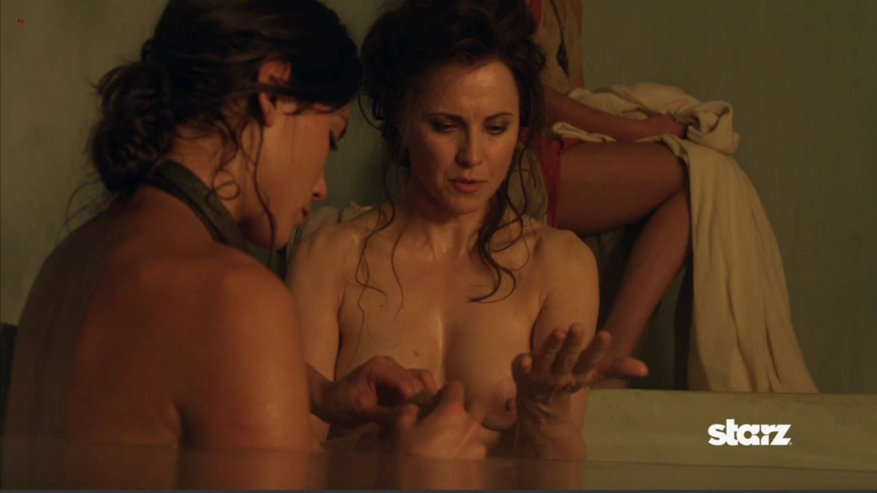 Lucy Lawless nude topless in the bath in - Spartacus Vengeance 2x1 hd72p