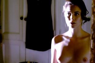 Christine Donlon hot sex and nude in the bath - Femme Fatales (2011) s1e13 hd720p (11)