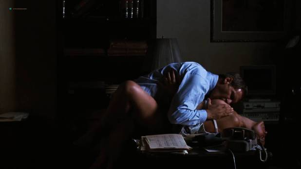 Greta Scacchi butt naked and sex on the table - Presumed Innocent (1990) HD 1080p (6)