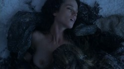 Gwendoline Taylor nude and hot sex in cold weather from spartacus s3e7 hd7206