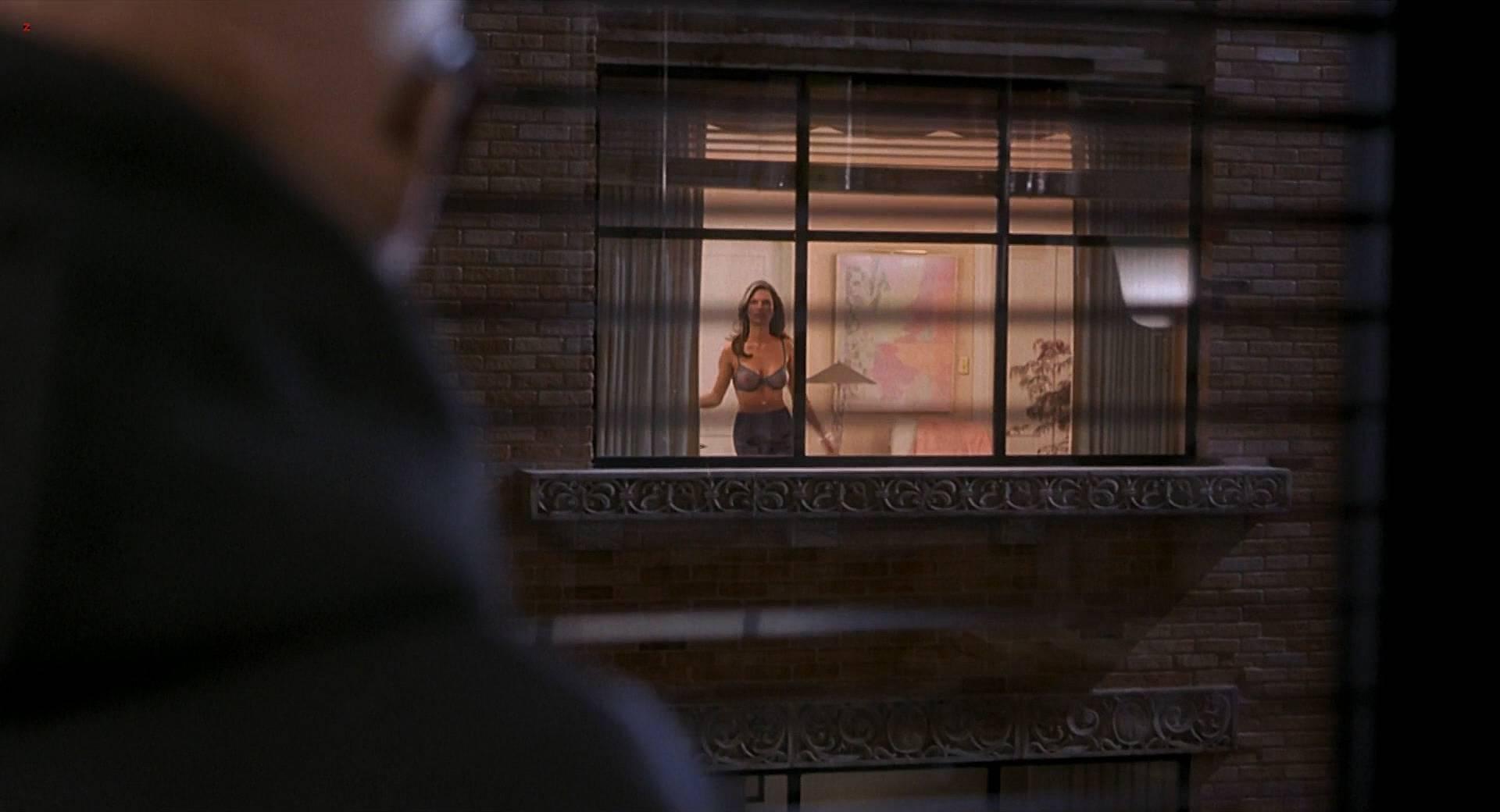 Kim dickens naked boobs hollow man