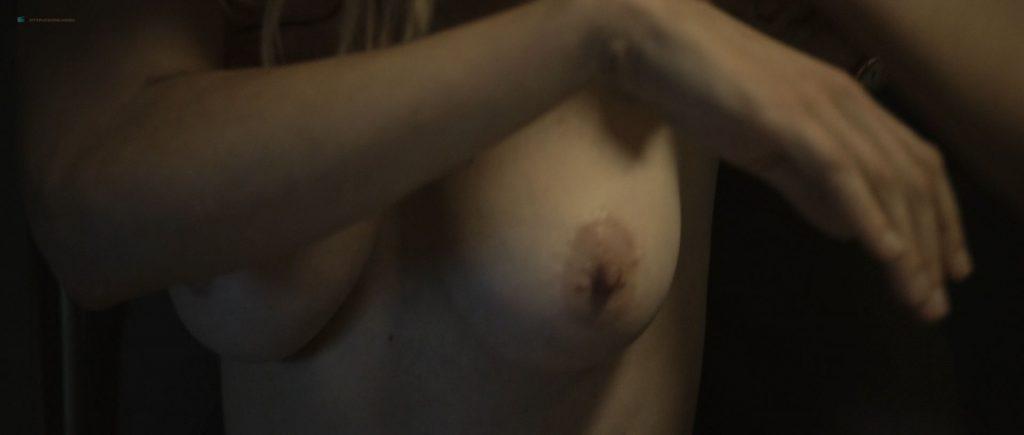Kirsten Dunst nude topless in Lars von Trier's - Melancholia (2011) HD 1080p BluRay (9)