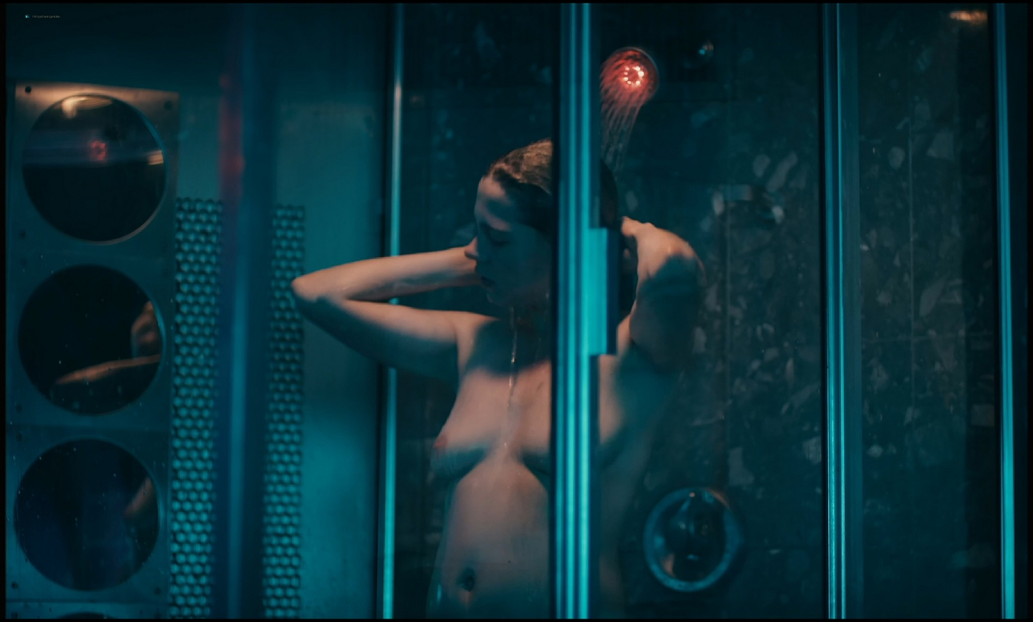 Michelle Williams nude topless and some hot sex - Blue Valentine HD 1080p BluRay REMUX (15)