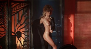 Pamela Anderson nude topless hot wet all naked in - Barb Wire (1996) hd1080p BluRay