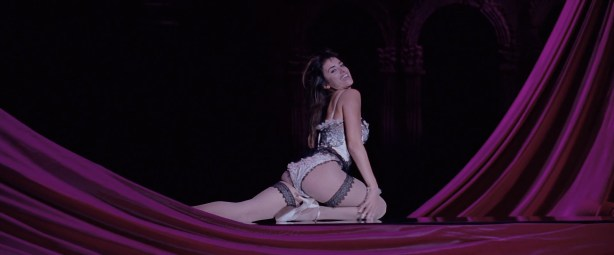Penelope Cruz hot lingerie, Marion Cotillard and Fergie hot too - Nine (2009) HD 1080p BluRay (12)