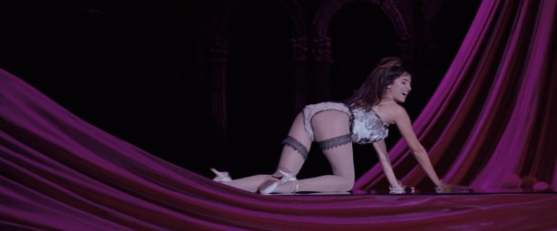 Penelope Cruz hot lingerie, Marion Cotillard and Fergie hot too - Nine (2009) HD 1080p BluRay (11)