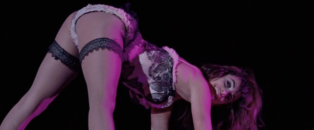 Penelope Cruz hot lingerie, Marion Cotillard and Fergie hot too - Nine (2009) HD 1080p BluRay (5)