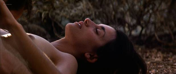 Penelope Cruz nude topless sex outdoors in - Captain Corelli' s Mandolin (2001) HD 1080p (10)
