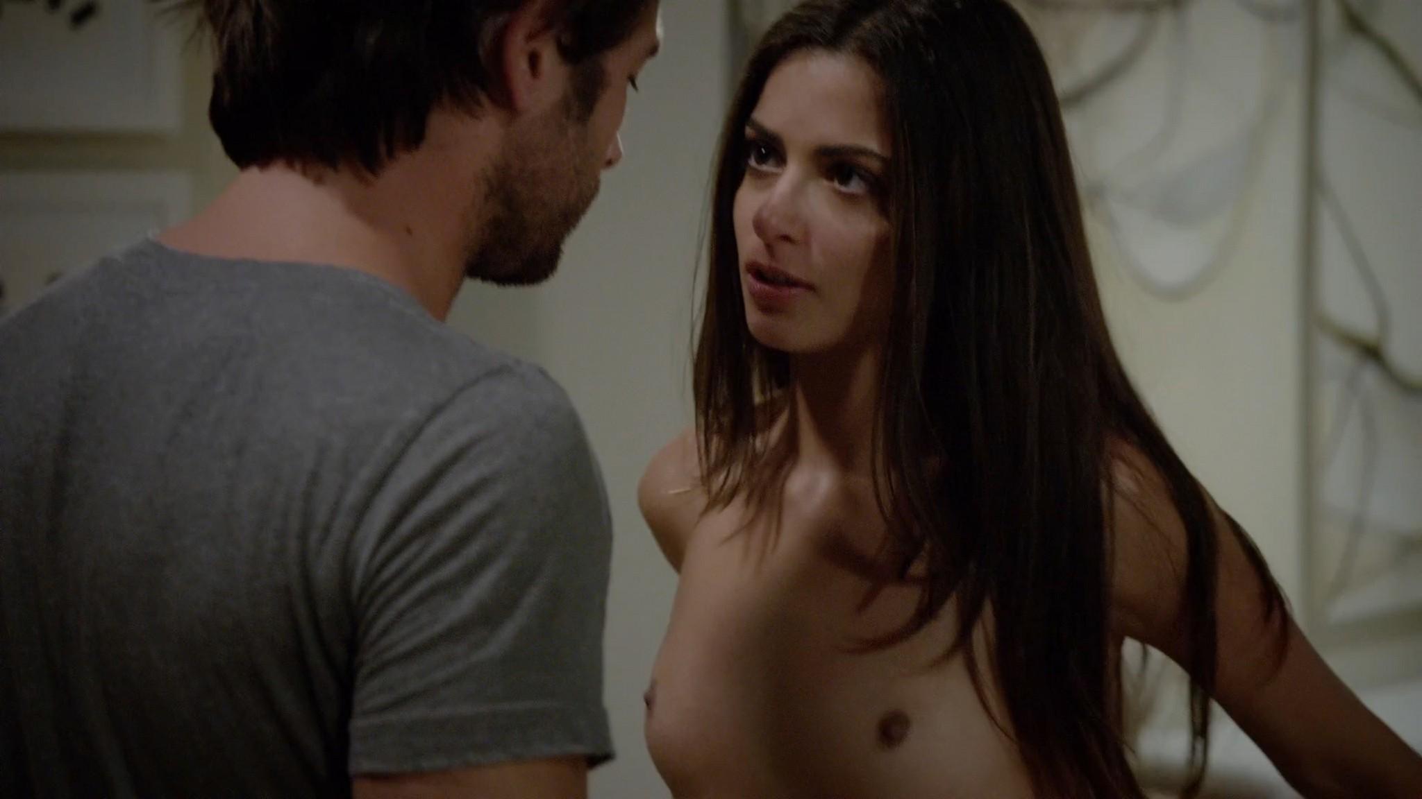 Stephanie Fantauzzi butt naked and topless - Shameless s3e7 (2013) HD 1080p (6)