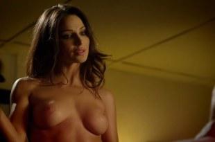 Tina Casciani nude topless - Femme Fatales S1E5 hd720p (15)