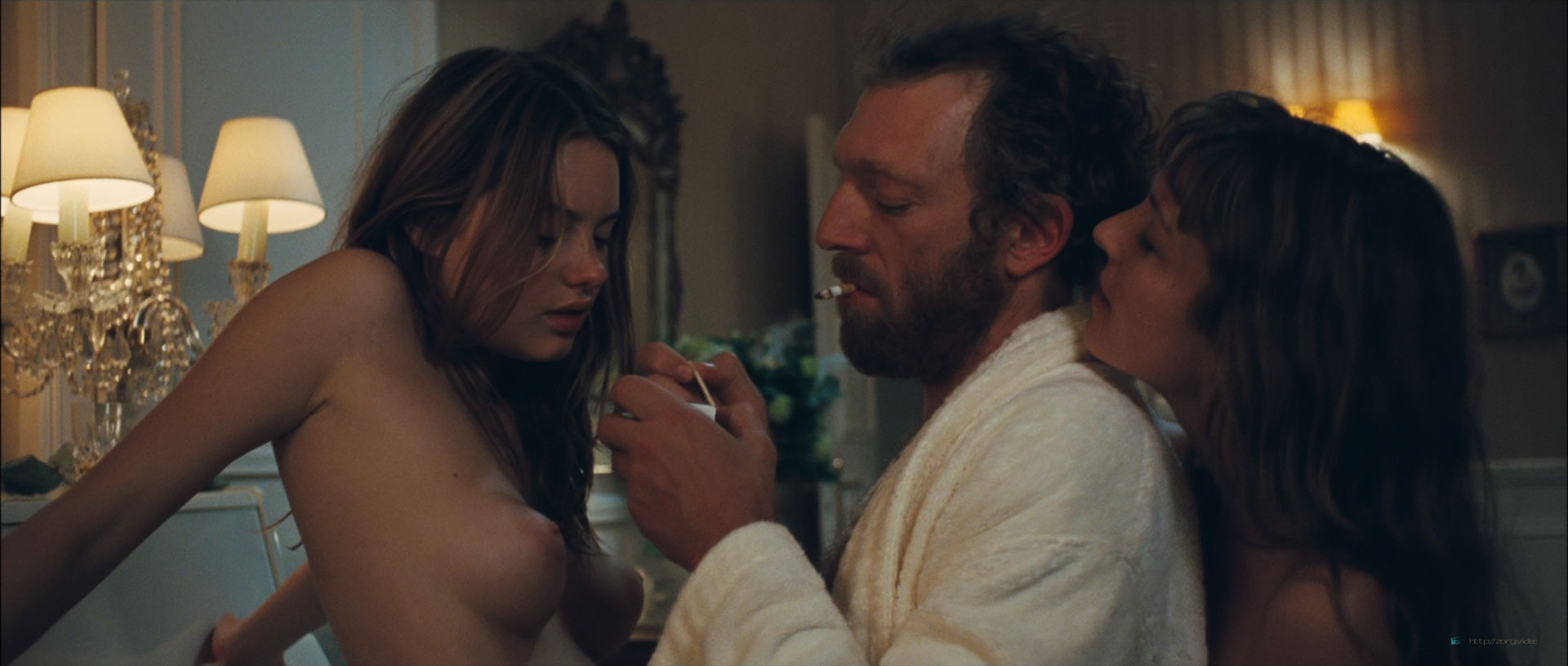 Camille Rowe nude and Josephine de La Baume nude sex threesome - Notre jour viendra (FR-2010) HD 1080p BluRay (2)
